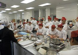 Docentes del Centro de Formación Profesional N° 28 participaron del 2do Encuentro Internacional de Gastronomía en Canadá